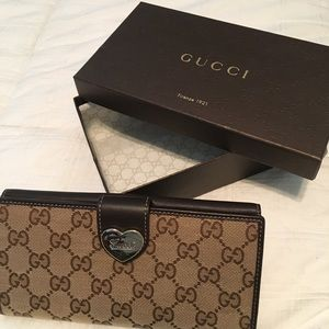 Authentic Gucci GG Canvas Heart Wallet